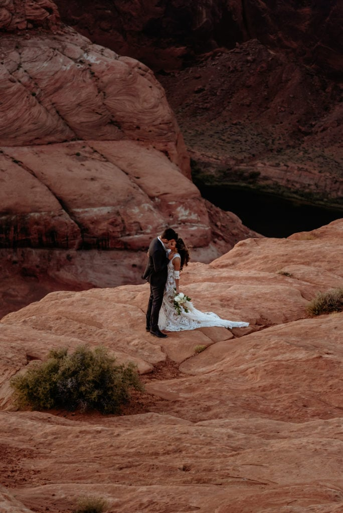 First kiss at the edge of Horseshoe Bend in Page, Arizona