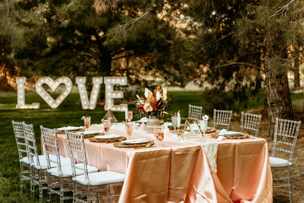 Gorgeous table set up at Schnepf Farm intimate wedding