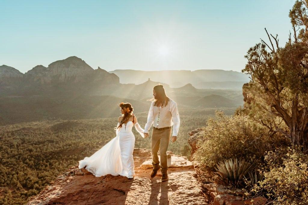 Sunrise elopement at Doe Mountain